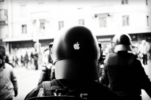 police-apple