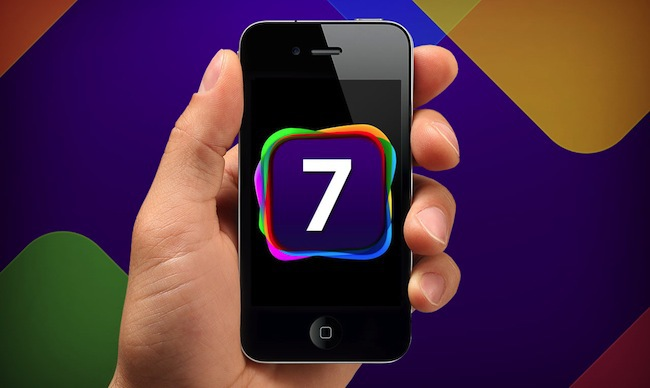 iOS-7-on-iPhone-4S-WWDC-2013