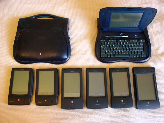 apple_newton_family