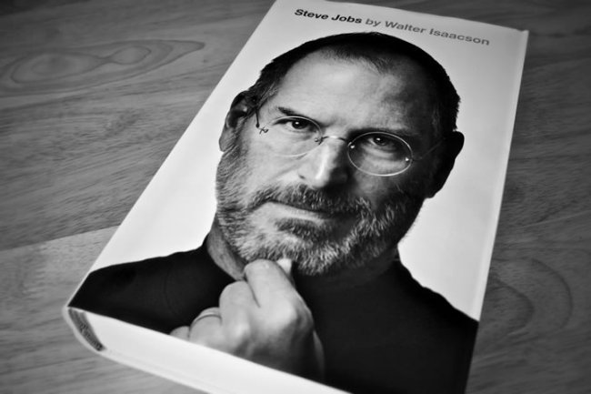 isaacson biography of steve jobs P erhaps the funniest passage in walter isaacson's monumental book about steve jobs comes three quarters of the way through it is 2009 and jobs is recovering from a liver transplant and pneumonia at one point the pulmonologist tries to put a mask over his face when he is deeply sedated.