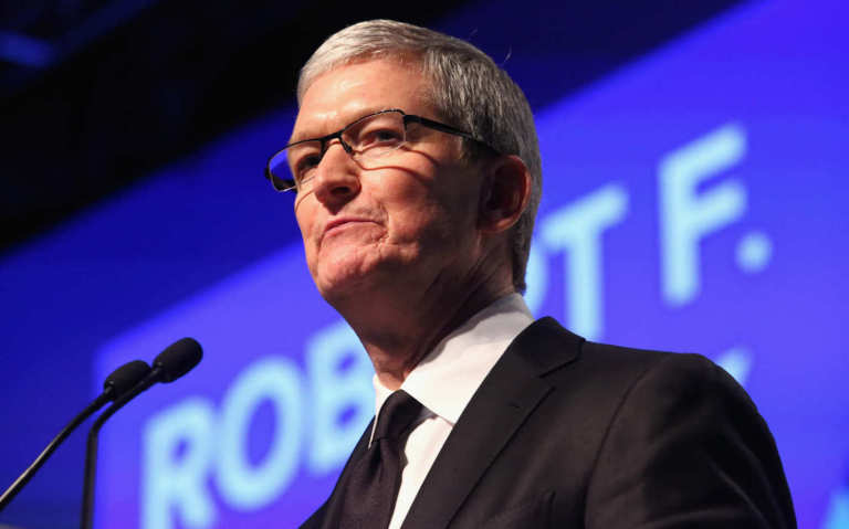 tim cook communication with employees