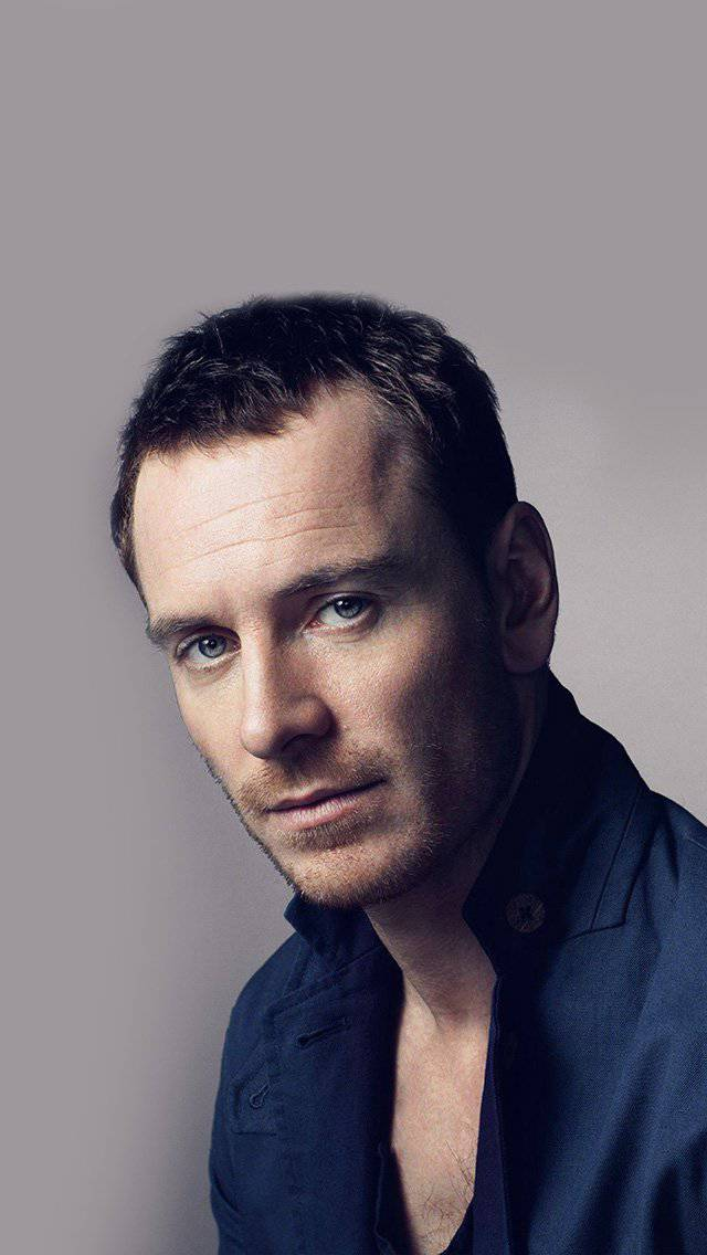 michael-fassbender-actor-movie-celebrity-iphone-5