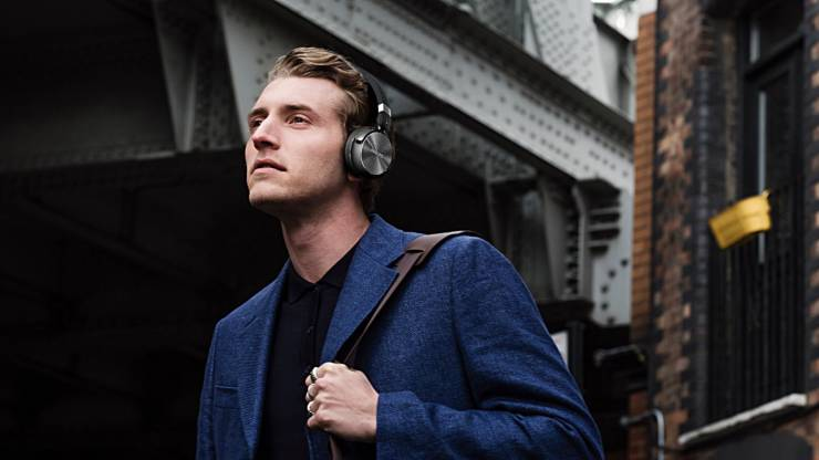 bluetooth_headphones
