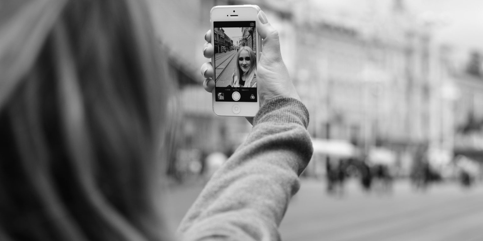 selfie addiction and its psychological effects
